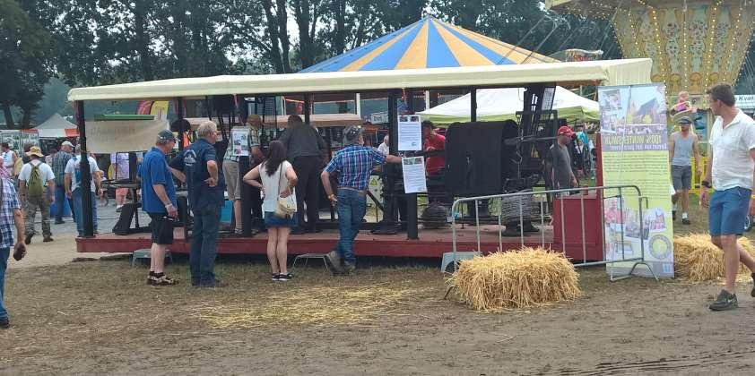 De PUNTDRAADMACHINE op HTM festival Panningen